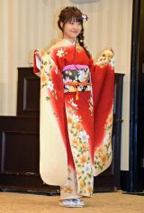 「AKB48グループ成人式記念撮影会」に参加したAKB48の中西智代梨 (C)ORICON NewS inc.