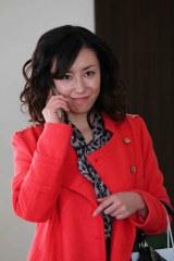 1月17日放送、関西テレビ『新・ミナミの帝王』に出演する東風万智子(C)関西テレビ