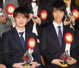 『第50回 ビッグスポーツ賞』表彰式に出席した(左から)内村航平、羽生結弦 (C)ORICON NewS inc.