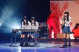 「新春!おもてなし会」を開催した欅坂46(写真は音楽部)