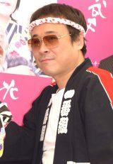八公太郎(バッファロー吾郎A)=水谷千重子の芸能生活50周年公演『キーポンシャイニング歌謡祭』取材会