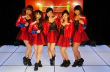 アクロバットを取り入れたダンスボーカルユニット「ピンクダイヤモンド」。原宿駅前パーティーズの劇場ライブ映像を1月29日よりHuluで配信