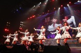 『AKB48単独リクエストアワー セットリストベスト100 2016』2日日夜公演の模様 (C)AKS