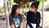 人身売買の被害者の女性に話を聞く高橋(C)テレビ東京