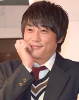最新プリントシール機『HIKARI』お披露目会見に出席したフルーツポンチ・村上健志 (C)ORICON NewS inc.