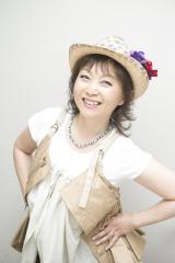 41年ぶりにスーパー戦隊シリーズのオープニングテーマに参加する堀江美都子