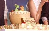 友情の証としてプレゼントされたチョコレート=映画『アーロと少年』来日記者会見 (C)ORICON NewS inc.