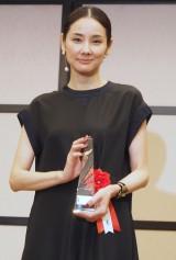 『2016年エランドール賞』授賞式に出席した吉田羊 (C)ORICON NewS inc.