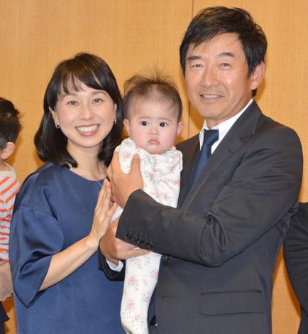 風しん啓発イベントに出席した(左から)東尾理子、石田純一 (C)ORICON NewS inc.