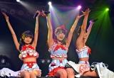 「制服ビキニ」で生着替えを披露した(左から)樋渡結依、大和田南那、山田菜々美=AKB48チームA7th『M.T.に捧ぐ』公演(C)ORICON NewS inc.