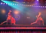 「She's gone」を歌う(左から)白間美瑠、入山杏奈=AKB48チームA7th『M.T.に捧ぐ』公演(C)ORICON NewS inc.