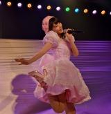 「夢でKiss me!」を歌う宮脇咲良=AKB48チームA7th『M.T.に捧ぐ』公演 (C)ORICON NewS inc.