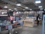 アナログレコード専門店・HMV record shop渋谷では、10〜20代の若い世代の来店も珍しくない