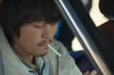 孤独な父のことを思いやり、弟の温人と反発する兄を演じる新井浩文=映画『星ガ丘ワンダーランド』