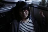 AKB48グループメンバー主演ホラードラマ『アドレナリンの夜』ついにフィナーレ。3月2日放送の最終話のヒロインは総監督・横山由依(C)AKBホラーナイト製作委員会