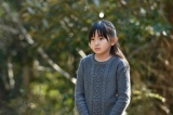 TBS系ドラマ『わたしを離さないで』第8話(3月4日放送)に鈴木梨央(右)が再登場(C)TBS