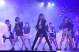 『HKT48 春のライブツアー〜サシコ・ド・ソレイユ 2016〜』の東京公演で披露した新曲「Make noise」(C)AKS