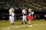 西武プリンスドームで行われた始球式の模様
