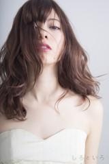 モデルとして人気実力ともに注目されている八木アリサ