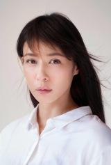 月9ドラマ『ラヴソング』に出演する水野美紀