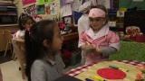 「我慢できる脳」を育てるアメリカの最新研究を紹介(C)NHK