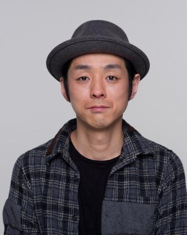 新ドラマ『ゆとりですがなにか』の脚本を担当する宮藤官九郎(C)日本テレビ