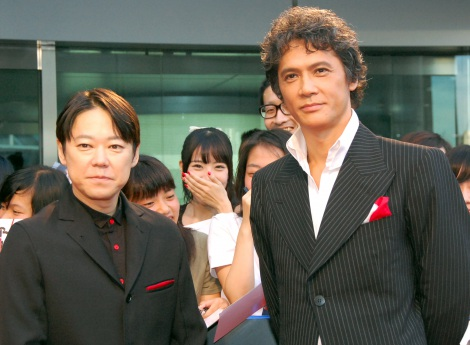 映画『アンフェア the end』のレッドカーペットに登場した(左から)阿部サダヲ、 加藤雅也(C)ORICON NewS inc.