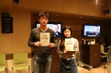 ジェームズ・ボンドの声を担当する藤真秀とボンドガール・カミーユの声を務める白石涼子(C)BSジャパン