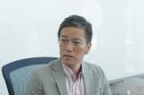 3月11日放送のTBS系ドラマ『わたしを離さないで』第9話に国際弁護士の八代英輝氏が出演(C)TBS