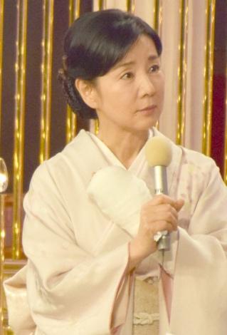『第39回日本アカデミー賞』の授賞式で左手首骨折を報告した吉永小百合 (C)ORICON NewS inc.