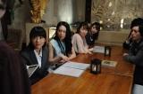 テレビ朝日系ドラマ『スミカスミレ 45歳若返った女』第7話より「社会人編」。合コンで再会するのは…(C)テレビ朝日
