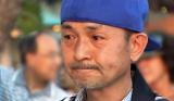 大食い実況勇退を発表し涙ぐむ中村ゆうじ(C)テレビ東京
