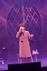 大阪城ホールで自身最大規模のツアーを締めくくった星野源 Photo/古渓一道