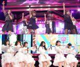 TBS『UTAGE春の祭典!』でモーニング娘。OG(上段)とAKB48(下段)が真剣勝負 (C)TBS