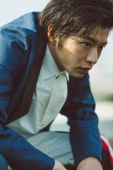 s田中圭が4年半振りの写真集『R』(ぴあ刊行)を発売 (C)前康輔/ぴあ