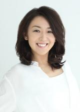 2016年9月から上演される舞台『歌姫』に出演する酒井美紀