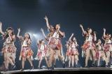 7枚目のシングル「74億分の1の君へ」(4月13日発売)を初披露(C)AKS