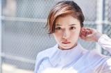 主演の松岡茉優