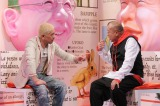 TBSで4月14日深夜、1時間半の特番として『鶴瓶&松本の怪人図鑑』を放送(C)TBS