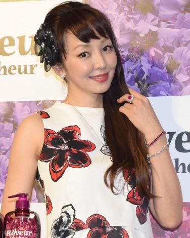 「レヴール フレッシュール」ローンチパーティーに出席した神田うの (C)ORICON NewS inc.