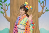 NHK BSプレミアム『ワラッチャオ!』で歌のお姉さんを務める小林幸子(C)NHK
