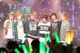 緑川狂平(左から4人目)の卒業公演を行った風男塾(撮影:武裕康)