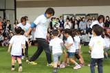 子どもたちとスポーツを楽しむナオト・インティライミ (C)oricon ME inc.