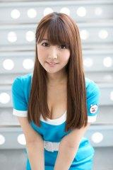 第2世代「恵比寿★マスカッツ」に加入した某国民的アイドルグループ出身の三上悠亜