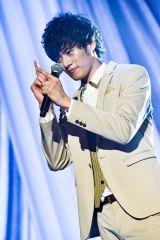 メジャーデビュー2周年を迎えた8人組男性音楽グループ・SOLIDEMOのメンバー・山口智也