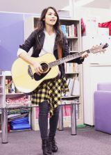 オリコンにてドラマ『僕のヤバイ妻』オープニングテーマ曲「EMERGENCY」を初披露 (C)oricon ME inc.