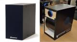 ◎価格:オープン価格/サイズ:W140mm×H260mm×D260mm/重さ:約3.5kg(付属ACアダプターコード込)・4.0kg(梱包した状態)◎駆動方式:曲面振動板スピーカー◎入力感度: 500mVアンプ内蔵タイプスピーカー◎再生周波数:100Hz〜15KHz◎出力:82dB SPL◎消費電力:100V 0.5A