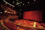17年4月1日より代々木アニメーション学院が運営する「天王洲 YOANI劇場(仮称/現・天王洲 銀河劇場)」