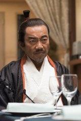 4月26日スタート、NHK・BSプレミアム『最後のレストラン』第1話で織田信長を演じる竹中直人(C)NHK