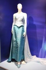 「アナと雪の女王」展示会のために作られたエルサのコスチューム(C)DISNEY (C)ORICON NewS inc.